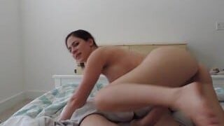 Mom rides her step son and begs for creampie